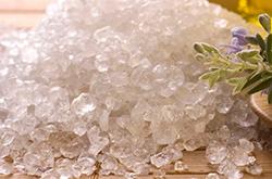 домашний скраб для тела с морской солью и кофе