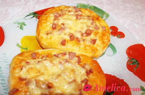 вкусная и простая мини-пицца рецепт с колбасой