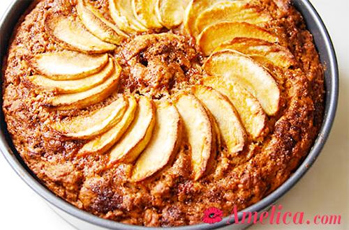 Шарлотка в мультиварке рецепт, шарлотка с яблоками в мультиварке, яблочный пирог в мультиварке