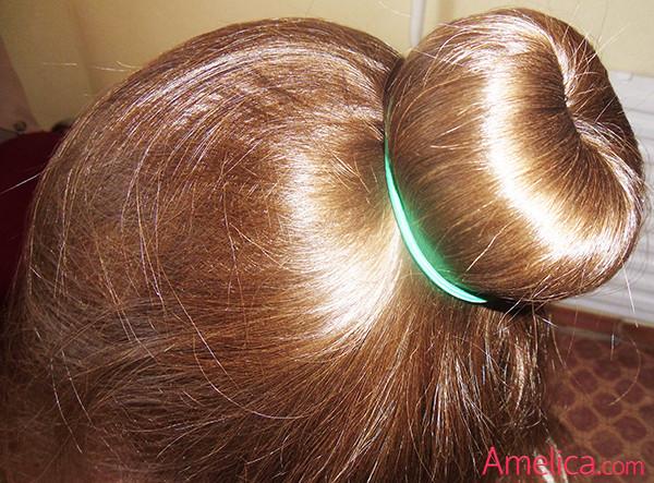 пучок на голове из бублика, шишка из волос с помощью бублика