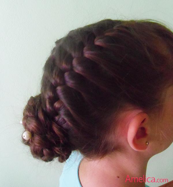 Фото красивых причесок из кос на длинные волосы 77