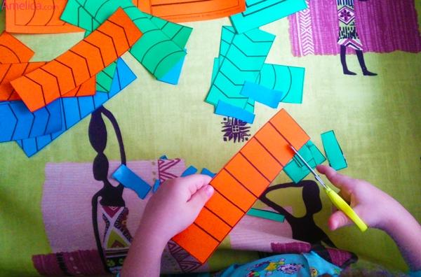 учимся вырезать шаблоны, как научить ребенка вырезать