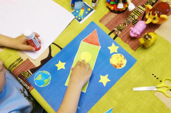 аппликация ракета из бумаги, аппликация в детский сад